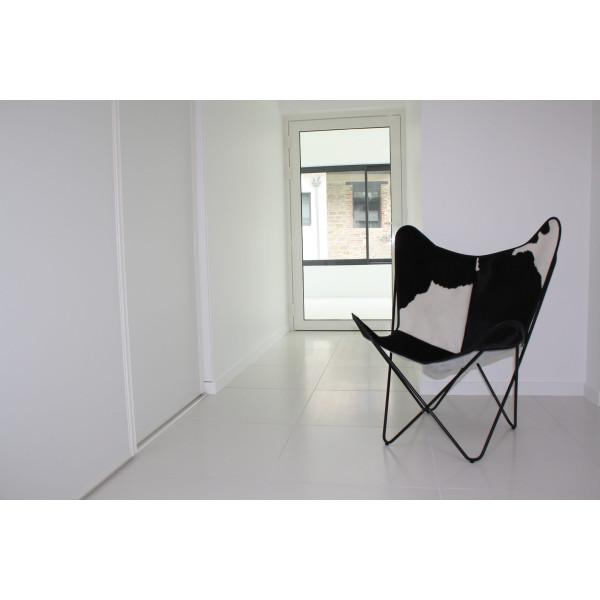 fauteuil vache noir et blanc