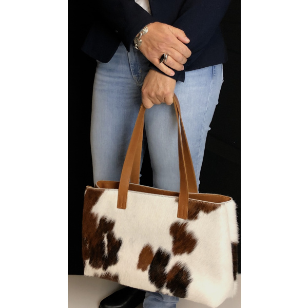 sac en peau de vache normande