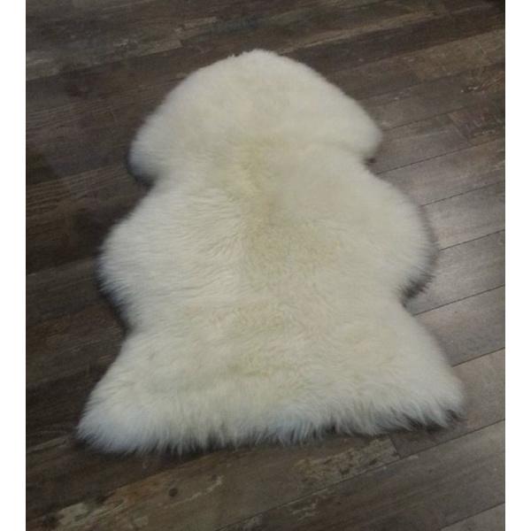 peau mouton blanche