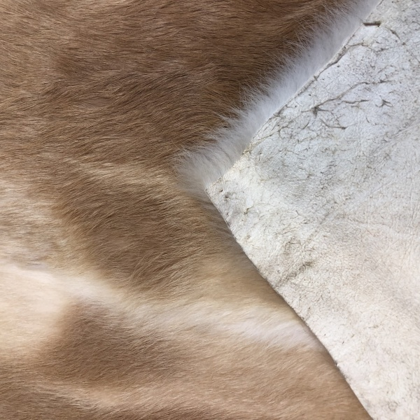 fourrure de lapin beige naturelle