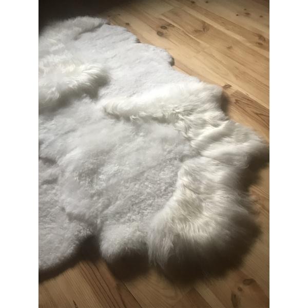 tapis mouton blanc déstructuré
