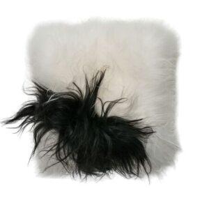coussin peau de mouton noir et blanc