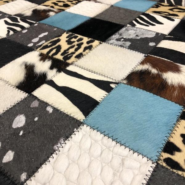 visuel tapis peau patchwork mixte turquoise